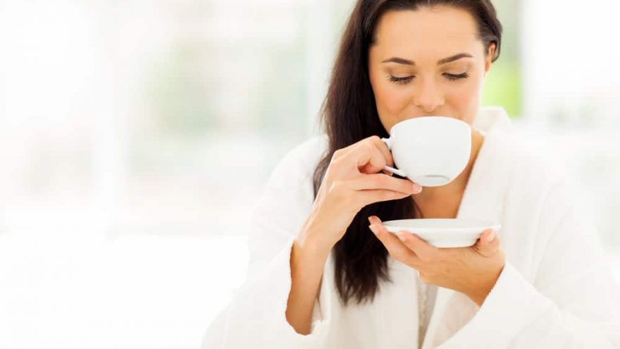 benefits of drinking white tea