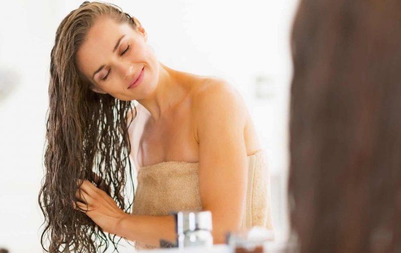 Woman Uses Co-Wash