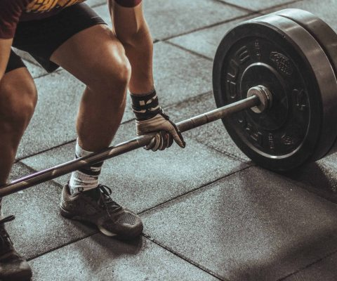 mass gainers and lifting weights