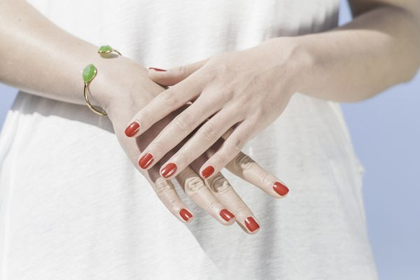 we tested the best nail top & base coats on the market