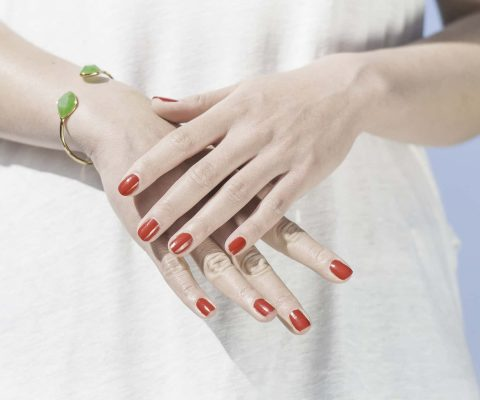 we reviewed the best nail top & base coats on the market