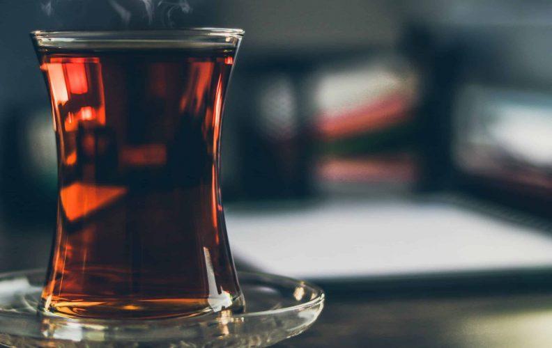Steaming black tea